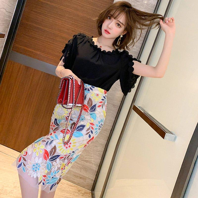 【即納】袖コンシャスブラウス×刺繍タイトスカート