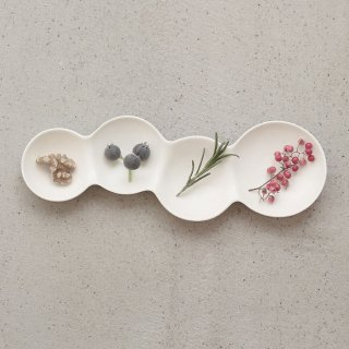 METAPHYS メタフィス 自然が作り出す美しいフォルム 重なり合うシャボン玉のリズムを表現したsavone 4連仕切り皿 グロスホワイト 艶あり