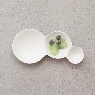 METAPHYS メタフィス 自然が作り出す美しいフォルム 重なり合うシャボン玉のリズムを表現したsavone 3連仕切り皿 マット艶なし