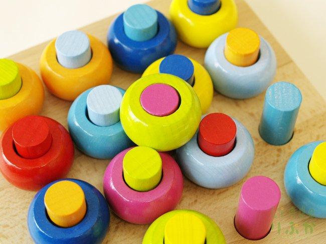 カラーリングのペグ遊び  HABA/ハバ社