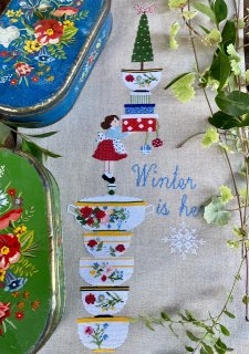 Lilli Violet リリーバイオレット  winter is here 冬が来た