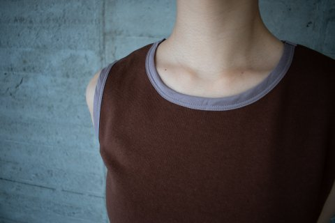 <img class='new_mark_img1' src='https://img.shop-pro.jp/img/new/icons23.gif' style='border:none;display:inline;margin:0px;padding:0px;width:auto;' />【SALE 50%OFF】VINTAGE TANK<ヴィンテージタンク>モカ