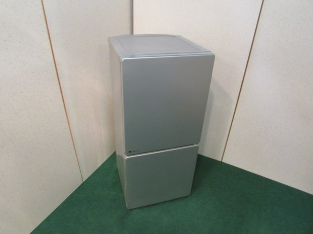 2014年製 ユーイング ノンフロン冷凍冷蔵庫 UR-J110F