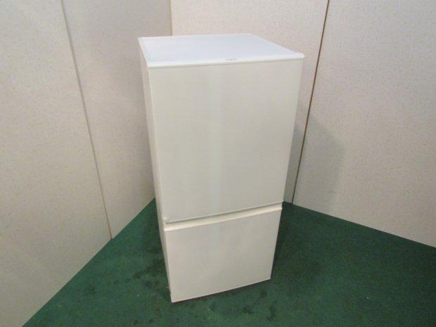 2017年製 アクアノンフロン冷凍冷蔵庫 AQR-16F(W)