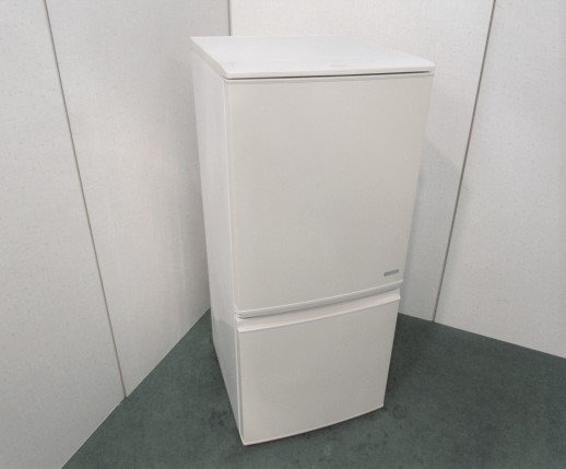 2014年製 シャープ ノンフロン冷凍冷蔵庫 SJ-C14Y-C