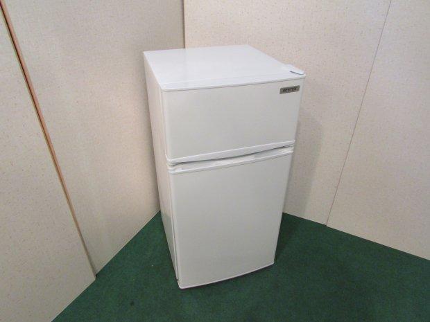2018年製 べスティック ノンフロン冷凍冷蔵庫 BTMF213