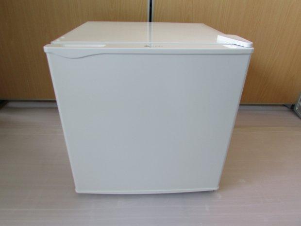 2017年製 ユーイング ノンフロン電気冷蔵庫 ER-D50WJ