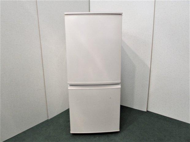 2010年製 シャープ ノンフロン冷凍冷蔵庫 SJ-14T-C