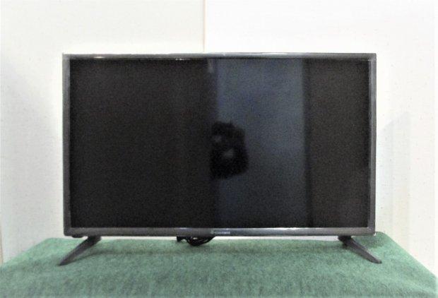2017年製 エスキュービズム 32V型 液晶 テレビ AT-32G01SR ハイビジョン