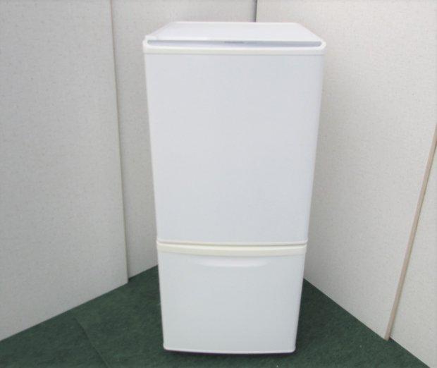 2009年製 パナソニック  ノンフロン冷凍冷蔵庫 NR-B141W-W ホワイト