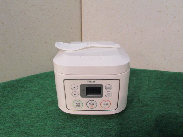 2016年製 ハイアール 炊飯器マイコンジャー 3合炊き JJ-M30C(W)