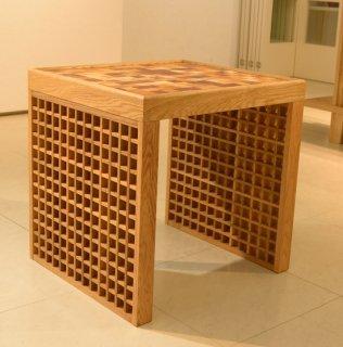 紋様サイドテーブル