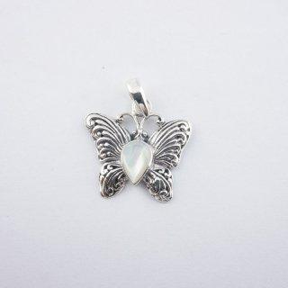 Silver Pendant|可愛い 天然(マザーオブパール)バタフライ(蝶)型 スターリングシルバー(SV925)ペンダントトップ