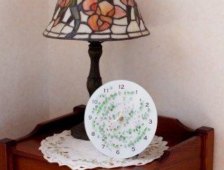 植物を閉じ込めたような卓上・壁掛け時計 / Bloom glass clock