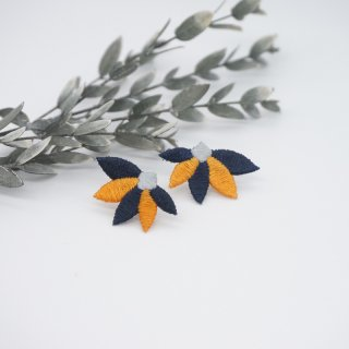 leaf イヤリング
