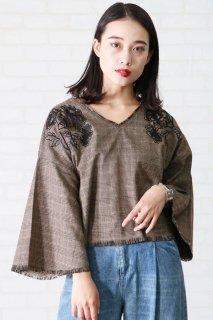 Lace-flower×fringe check blouse