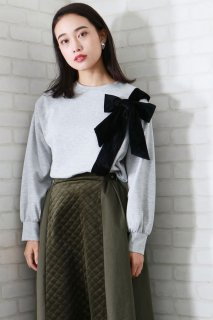 Velor ribbon design pullover