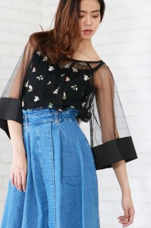 Dot tulle flare blouse