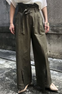 Double belt stitch straight pants