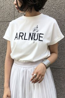 Logo×flower  embroidery T-shirts