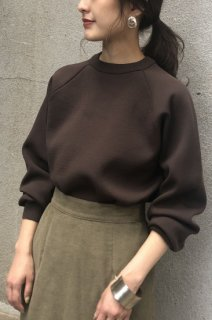 Side slit long sleeve knit