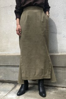 Corduroy long tight skirt