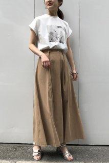 Tuck flare skirt