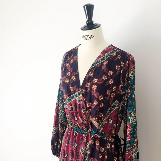 Scarf print long one-piece<BR>purple multi