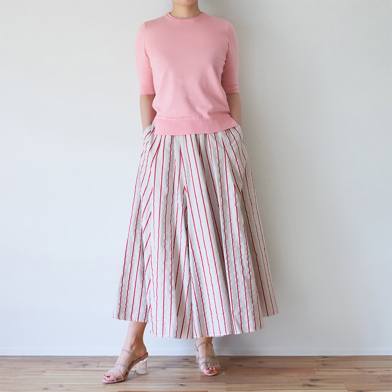 Pale Jute <br>bailaora skirt �<br>BEIGE × RED