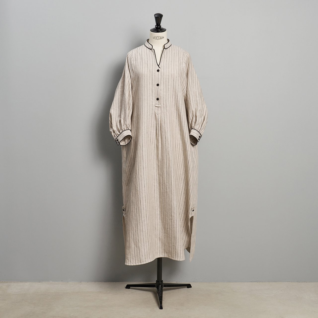 PaleJute<BR>stripe linen onepiece<BR> BEIGE × BLACK STRIPE