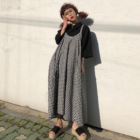 ギンガムチェックがかわいい裾広がりのゆったりワンピース