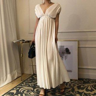マタニティフォトやお呼ばれに 大胆カットのVネックがフェミニンなゆったりシフォンワンピース ドレス 3色
