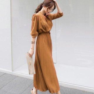 デイリーからフォーマルまで プリーツスカートが上品かわいいロング丈のシャツワンピース 4色