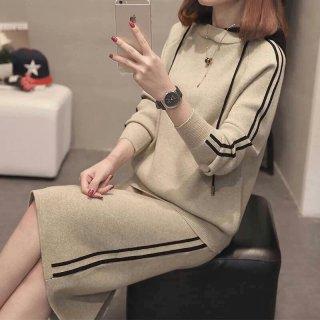 スポーティーでおしゃれ フード付き長袖トップスとミディアムスカートのニットセットアップ 4色