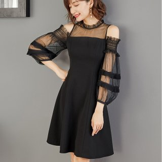 オープンショルダーが個性的でおしゃれ ゆったりシースルースリーブのフレアワンピース ドレス 2色