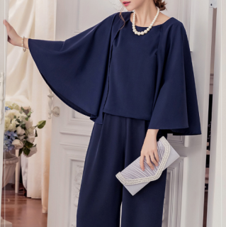 お呼ばれやフォーマルに ケープ風スリーブが個性的でかわいいパンツドレス 4色