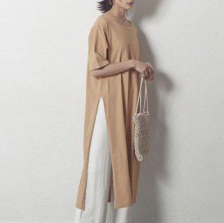 おしゃれに体型カバー ロングスリットのきれいめカジュアルゆったりTシャツワンピース 3色