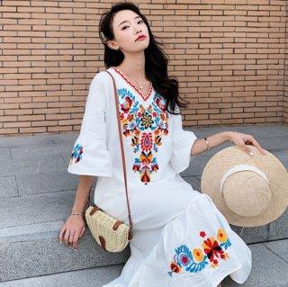 刺繍がかわいいボヘミアンテイスト ロングワンピース 3色