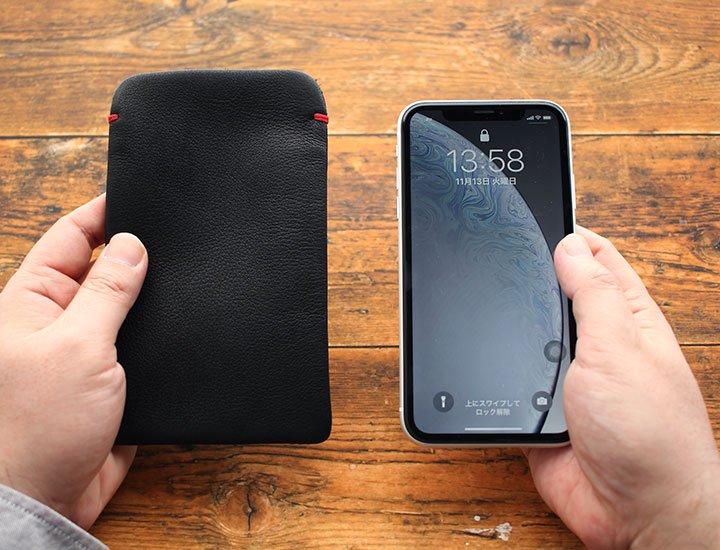 iPhoneXR(6.1インチ)本牛革レザースリーブケース