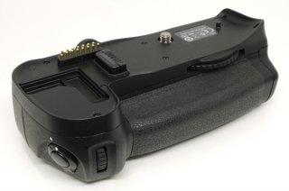 ニコン マルチパワーバッテリーパック MB-D10 (電池アダプターはBL-3)