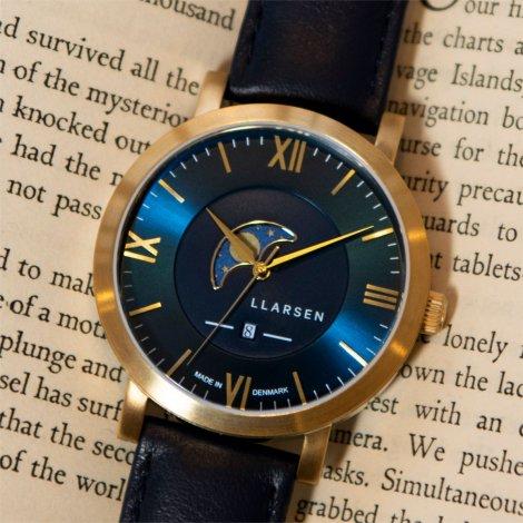 【秋を感じるカラーダイアルでシックに・期間限定プライス】 2020SSコレクション・ムーンフェイズ HUGO (LW80) Gold with Blue leather strap
