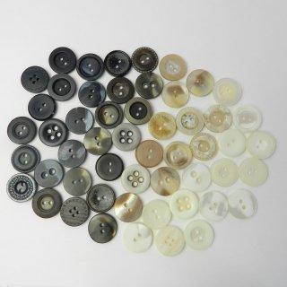 [53個入]婦人ジャケット用模様・柄入りボタン/18mm/2穴・4穴