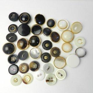[36個入]婦人ジャケット用ハトメボタン・金ぶちボタン2穴・4穴・足つき20〜25mm