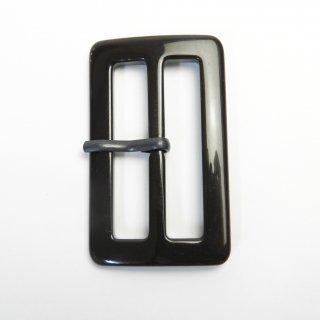 こげ茶色系ピン付バックル/内径50mm/本体素材:プラスチック/ピン素材:メタル系/トレンチコート・スプリングコート・コスプレに最適