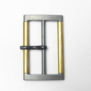 メタリックシルバー&ゴールドのピン付バックル/内径50mm/素材:メタル系/コート・ハンドメイド・手芸・コスプレに最適