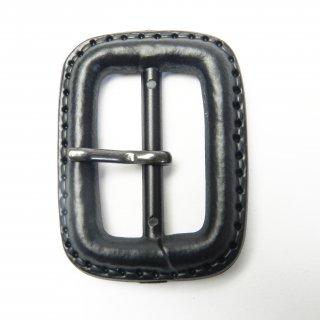 皮革風の黒色系ピン付バックル/内径25mm/本体素材:プラスチック系/ピン素材:メタル系/コート・ハンドメイド・手芸・コスプレに最適