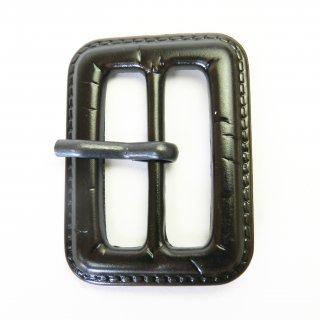 皮革風のこげ茶色系ピン付バックル/内径31mm/本体:プラスチック系/ピン:メタル系/コート・コスプレに最適
