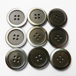 太縁にグラデーションが入った格子柄模様の茶色プラスチックボタン/20mm/4穴/スーツやジャケットに最適