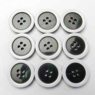 白縁の黒色系貝調ボタン/20mm/4穴/スーツやジャケットに最適