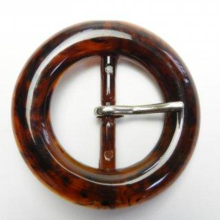 茶色系の銀ピン付き円形バックル/内径約32mm/素材:プラスチック系/ピン素材:メタル系/ハンドメイド雑貨・バッグベルト・コスプレに最適